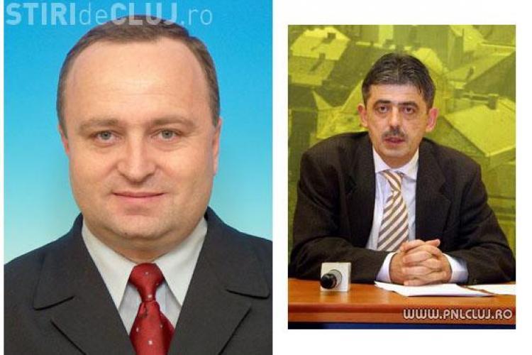 """Parlamentarii clujeni se """"bat"""" in scrisori! Cei ai PDL cer tuturor parlamentarilor de Cluj sa nu voteze motiunea, PNL-istii spun-Treziti-va"""
