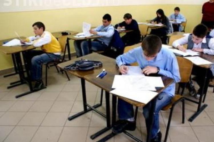 92,74% dintre elevii clujeni de clasa a VIII-a au promovat testul national la limba romana