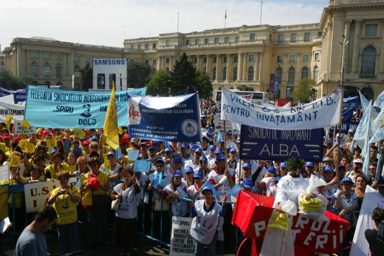 500 de sindicalisti clujeni vor participa la Bucuresti la cel mai mare miting din ultimii ani