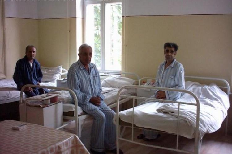 Aproape 500 de paturi vor fi taiate din spitalele clujene din 1 iunie