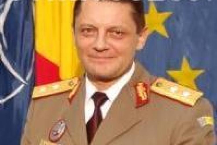 Schimbari in fruntea armatei clujene. Generalul maior Mircea Savu va fi inlocuit din functie si promovat