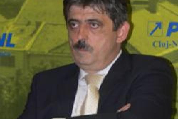 PNL Cluj: Simpli cetateni stiu mai multa economie decat expertii PDL