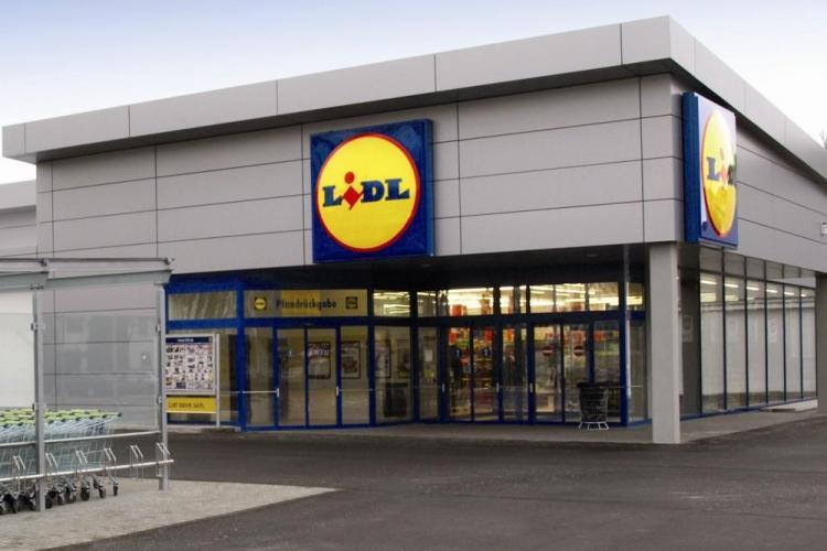 Romanii, interzisi intr-un magazin Lidl din Franta