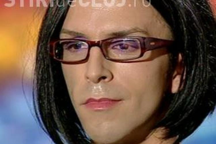 """Mihai Petre """"vanat"""" de un transexual la Romanii au talent: """"Pentru tine am venit!"""" VIDEO"""