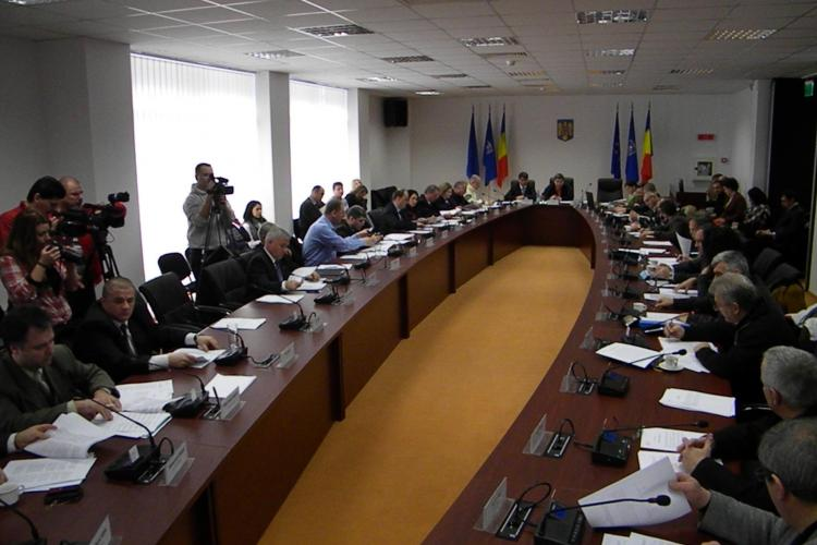 Primaria a cerut milioane de euro din cota defalcata! Consiliul Judetean Cluj a alocat 13.900 de euro pentru placute bilingve