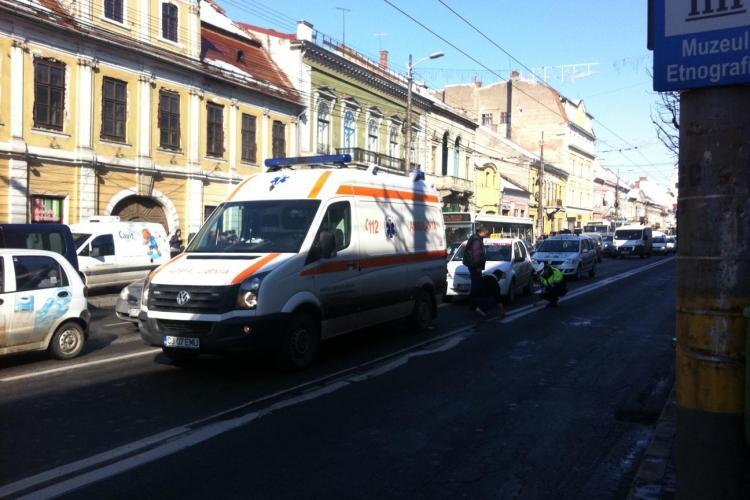 Un copil a fost lovit de un taximetrist pe strada Memorandumului FOTO