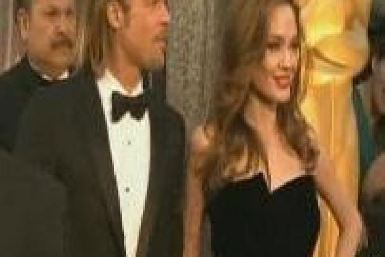 Angelia Jolie si Brad Pitt au uimit pe covorul rosu de la Oscar