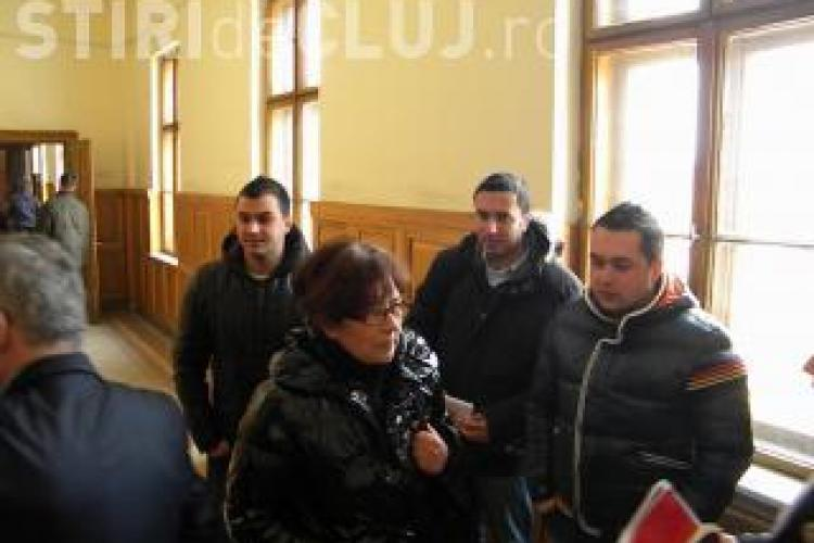 Lovitura in dosarul Jaf la Banca Transilvania! Casiera cere achitarea suspectilor