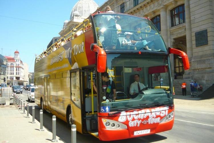 Autobuz decapotabil pentru turisti in Cluj-Napoca si carduri speciale pentru acces in muzee
