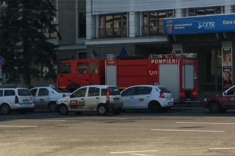 Turturii produc panica in Cluj! Pompierii clujeni, chemati in tot orasul