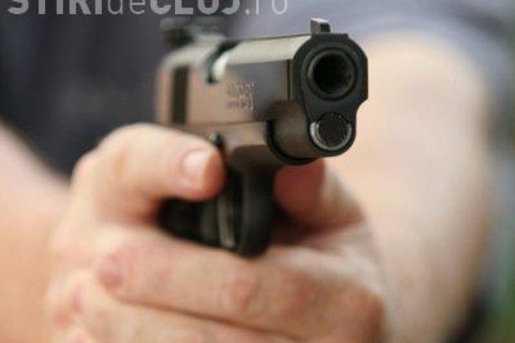 Opt persoane impuscate, in coaforul Perla, din Bucuresti VIDEO