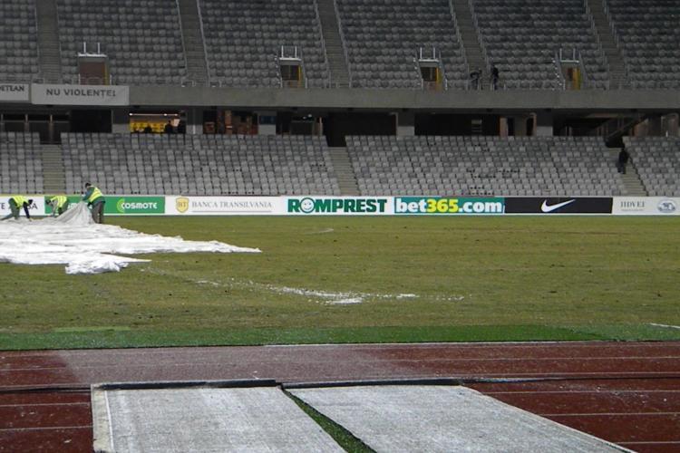 Gazonul de pe Cluj Arena a semanat la finalul meciului U - Steaua cu un maidan! Vezi FOTO de dupa meci
