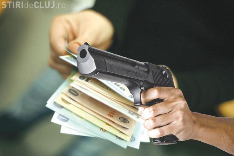 JAF ARMAT la Constanta. Banca jefuita in 40 de secunde