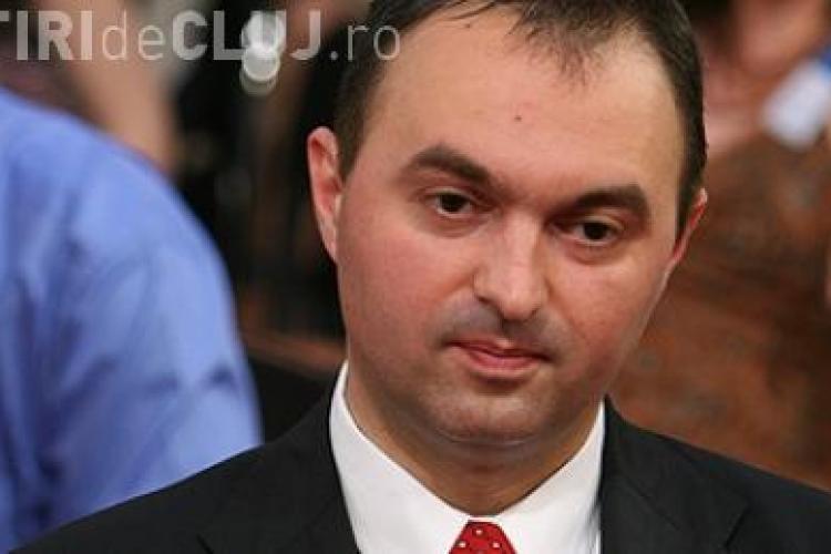 Fostul ministru al Educatiei, Cristian Adomnitei, acuza Guvernul de tradare in cazul deciziei UMF Targu Mures