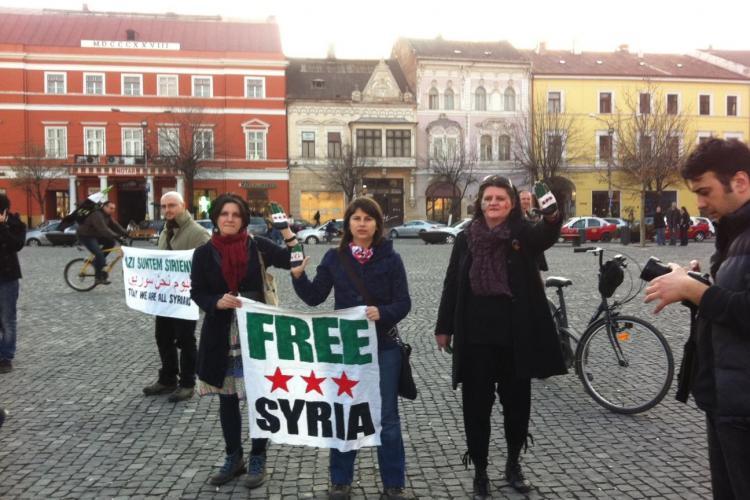 Clujenii au protestat impotriva atrocitatilor din Siria FOTO