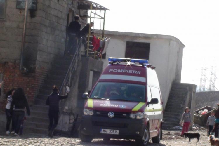 Copil de cinci ani din Dej a cazut pe scari de la trei metri inaltime