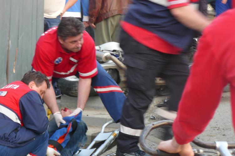 Accident pe Campului! Un motociclist a fost ranit grav