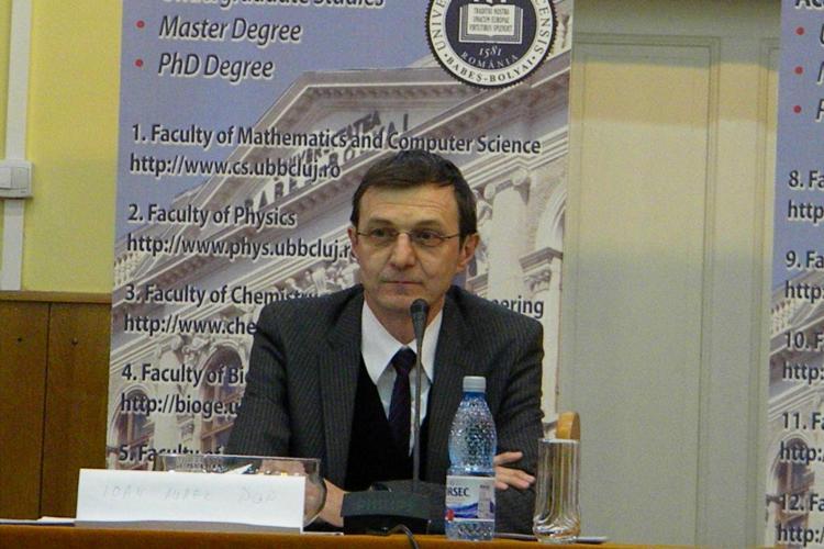 Ioan Aurel Pop a dat piept cu studentii de la UBB Cluj! Tinerii au cerut sa isi aleaga singuri profesorii