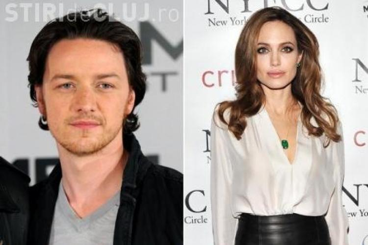 """Actorul James McAvoy, despre sarutul Angelinei Jolie: """"A fost ciudat, umed si deloc frumos"""""""