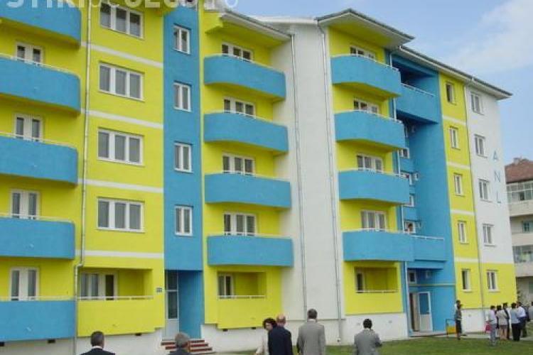 Chiriasii ANL si-au facut o asociatie pentru a-si putea cumpara apartamentele in rate