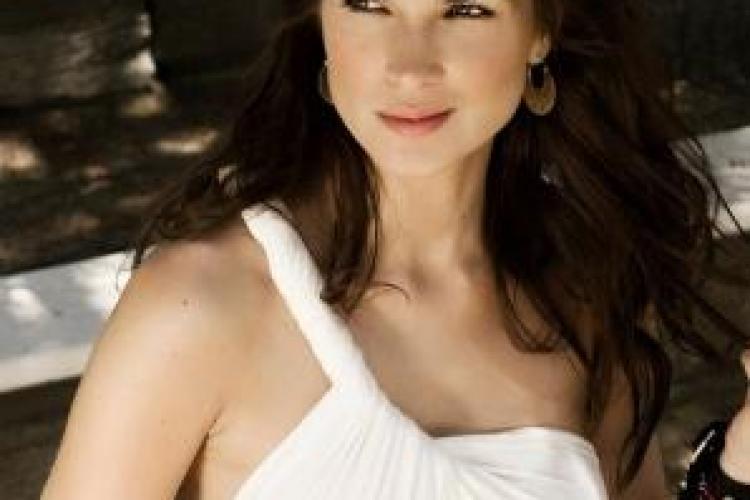 Monica Barladeanu uimeste cu frumusetea ei! FOTO