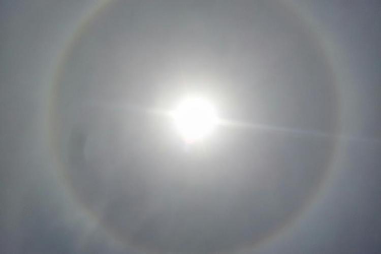Stiri de Cluj e citit si in Qatar! Vezi un halou de soare din Doha STIREA CITITORULUI