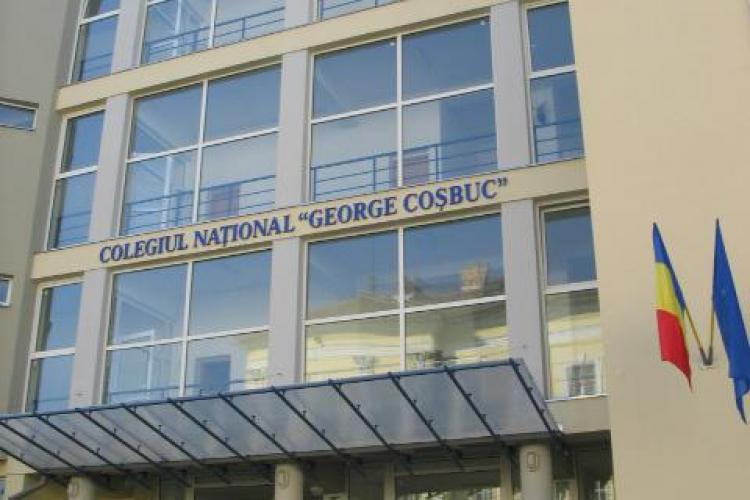 Parintii reclama conditiile de la Colegiul National George Cosbuc! Elevii din clasa 1 invata la ultimul etaj, iar cei din a 12-a la partier