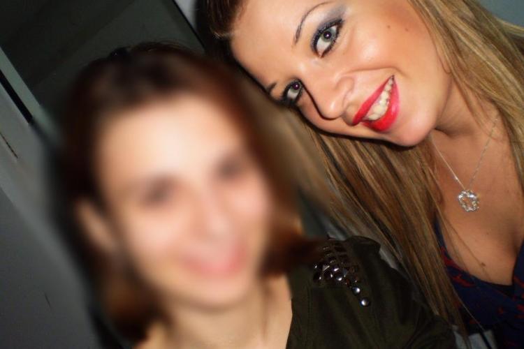 """Ea este misterioasa colega de camera careia Andreea Buzan i-a scris: """"Emma, te iubesc"""" FOTO"""