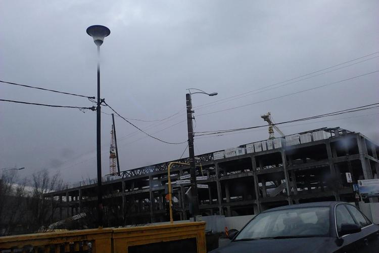 Firma CON-A isi muta utilajele de la Sala Polivalenta din Cluj, dupa ce lucrarile au fost sistate EXCLUSIV