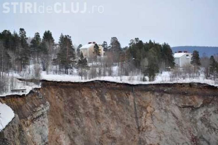 POZA ZILEI: Un crater-gigant, de 150 de metri, a aparut intr-un oras din Suedia