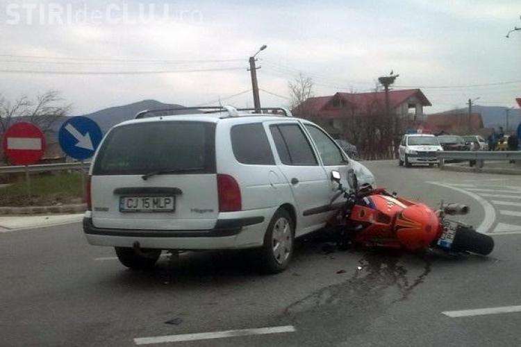 Accident in Bunesti, pe centura orasului Gherla! Un motociclist a fost lovit de un sofer