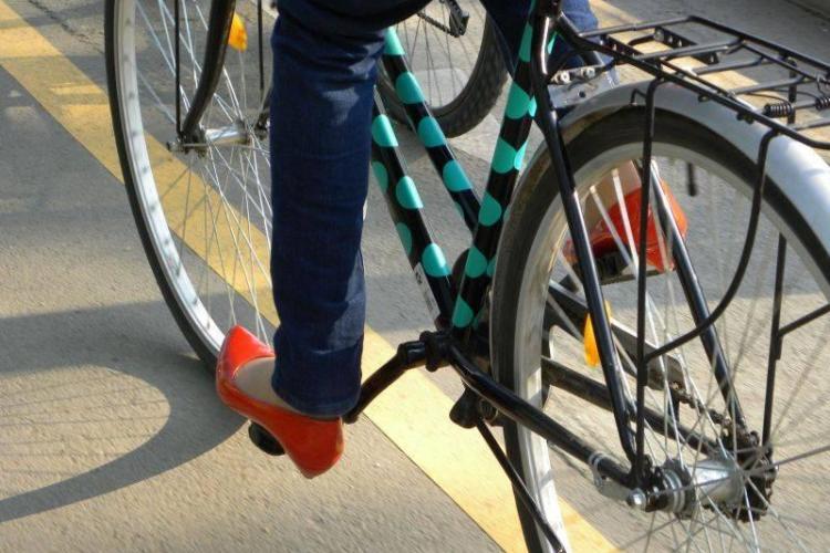 Si cu bicicleta furata si cu nevasta batuta! I s-a intamplat unui barbat in Floresti