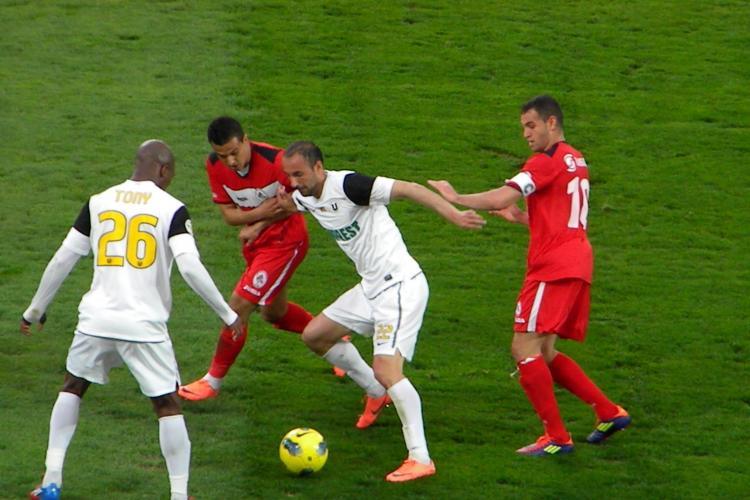 """U"" Cluj le-a dat lectii celor de la Gaz Metan Medias. REZUMAT VIDEO Scor final: 3-0 GALERIE FOTO"