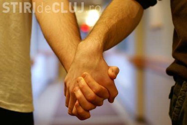 "Bordel pentru homosexuali in Manastur, unde o ""sedinta de masaj"" costa 130 de lei: ""Daca vrei fara prezervativ, scumpule, ridica-te si du-te"