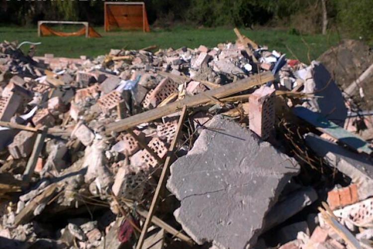 Cartodromul din Gheorgheni, transformat in rampa de gunoaie si moloz. GALERIE FOTO si VIDEO