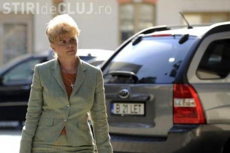 Ministrul propus la Educatie nu scrie corect romaneste! Vezi ce CV are Corina Dumitrescu