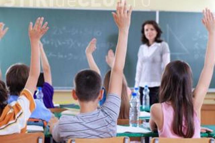 90 de familii din Cluj au ramas fara alocatie, dupa ce copii au inregistrat absente
