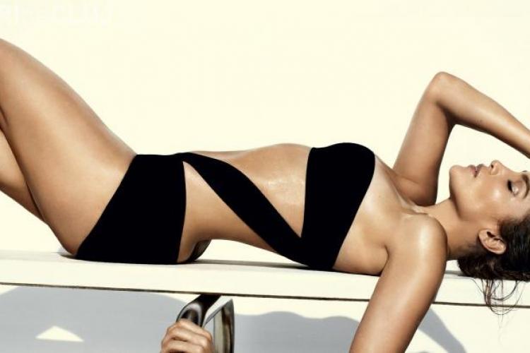 Jennifer Lopez, sexy in noul pictorial pentru Vogue FOTO
