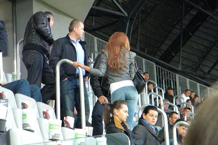 Bianca Dragusanu, extrem de sexy in loja VIP a Cluj Arena FOTO
