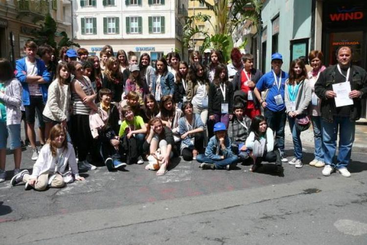 O trupa de teatru scolara din Cluj a castigat mentiune la San Remo