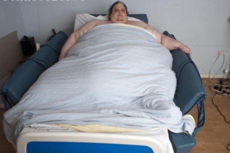 Viata celui mai gras om din lume! Are 370 de kg si vrea sa reduca cele 20.000 de calorii consumate zilnic