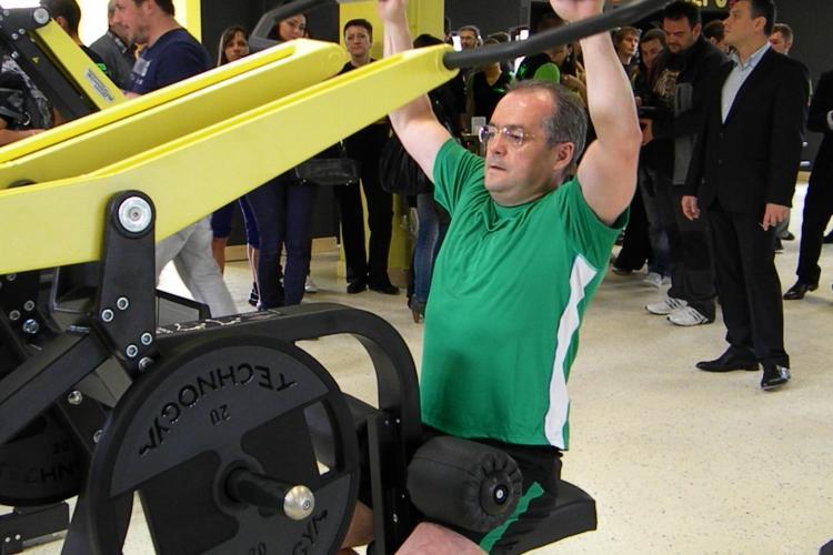 Emil Boc a facut sport la inaugurarea Gimmy Gheorgheni VIDEO si FOTO (P)