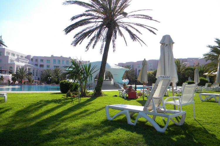 Tunisia vrea sa atraga, pana in 2015, 50.000 de turisti romani pe an. Obiective: Tunis și Sahara