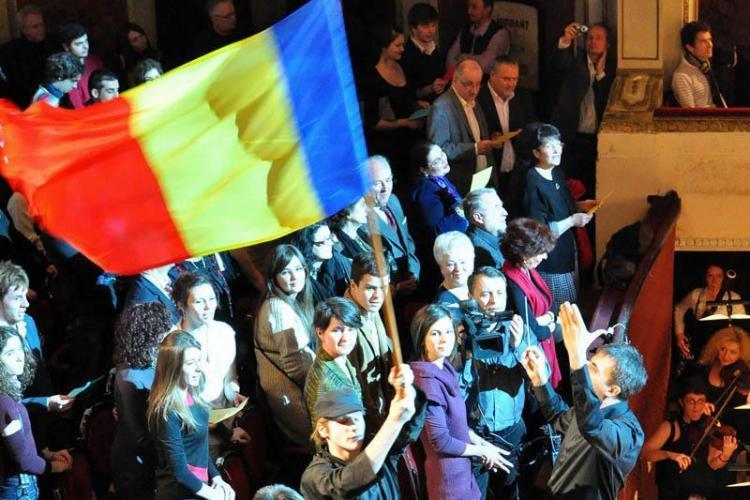 ZILELE CLUJULUI: Spectacolul Nabucco '12 jucat in Piata Unirii
