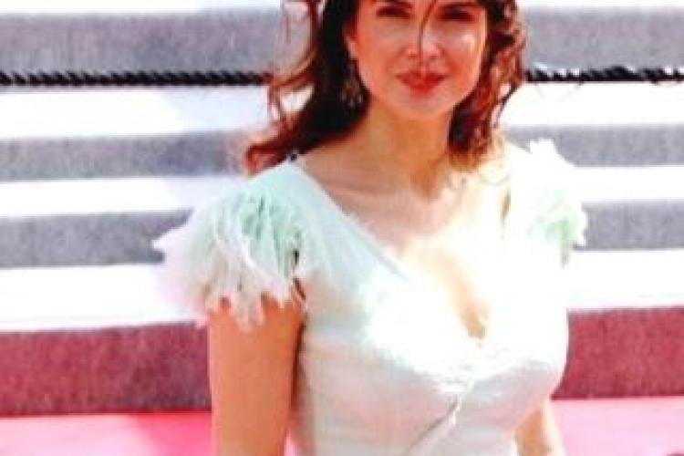 Monica Barladeanu, uimitoare la Cannes intr-o rochie Dana Budeanu! FOTO