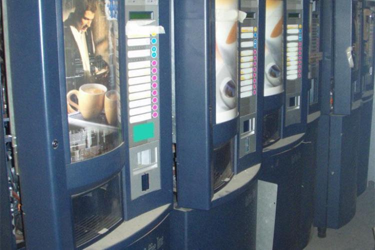 Cluj: Firmele care detin automate de cafea in spitale, scoli, verificate la sange. Vezi ce amenzi au fost aplicate