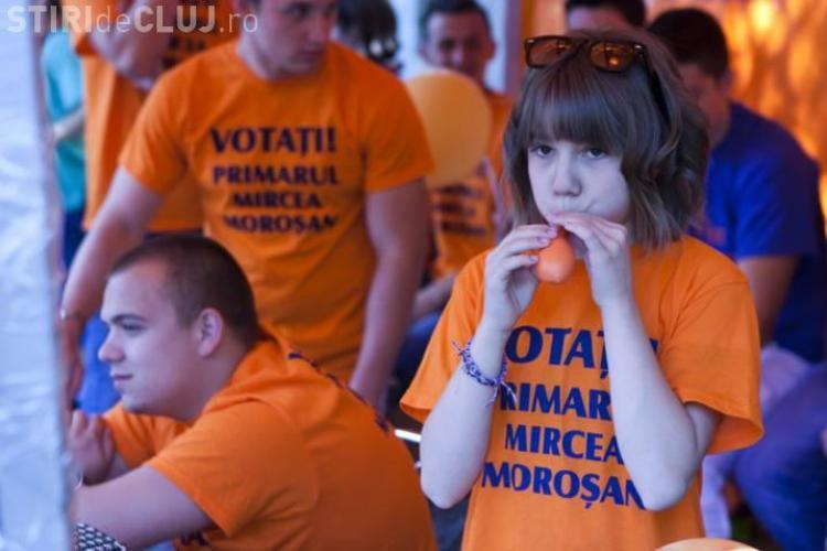 Uioreanu il acuza pe Tise ca foloseste copii in campania electorala FOTO