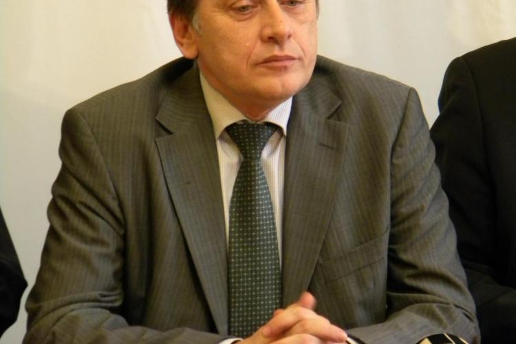 Boc, atacat dur la Cluj-Napoca de Crin Antonescu si Marius Nicoara VIDEO