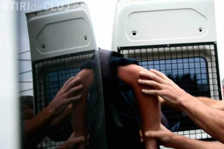Clujean talharit in Piata Cipariu. A fost lovit in cap si i-a fost luata suma de 1.400 de lei