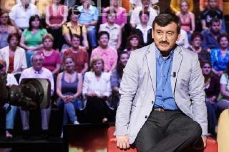 Constantin Trofin ii raspunde Luciei Hossu Longin: Emisiunea mea de pe TVR 2 nu costa 100.000 de euro pe luna